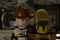 Indiana Jones montre ses LEGO